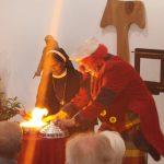 Sr. Tonia - Feuer und Flamme